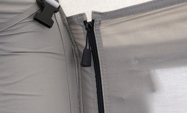 Dometic Tent Feature - Zipped Blinds