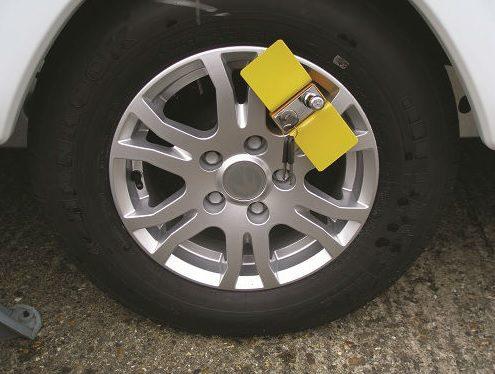 Milenco Compact C Wheel Clamp - 3520