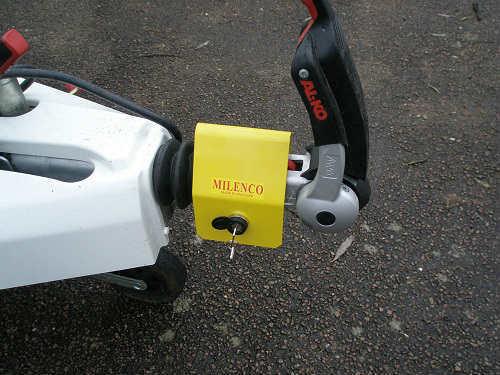 Milenco Super Heavy Duty 3004 Lite Hitchlock