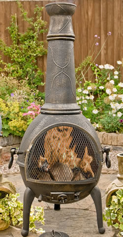 La Hacienda Sierra Jumbo Cast Iron Chimenea with Grill Bronze Effect