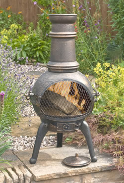 La Hacienda Sierra Medium Cast Iron Chimenea with Grill Bronze Effect
