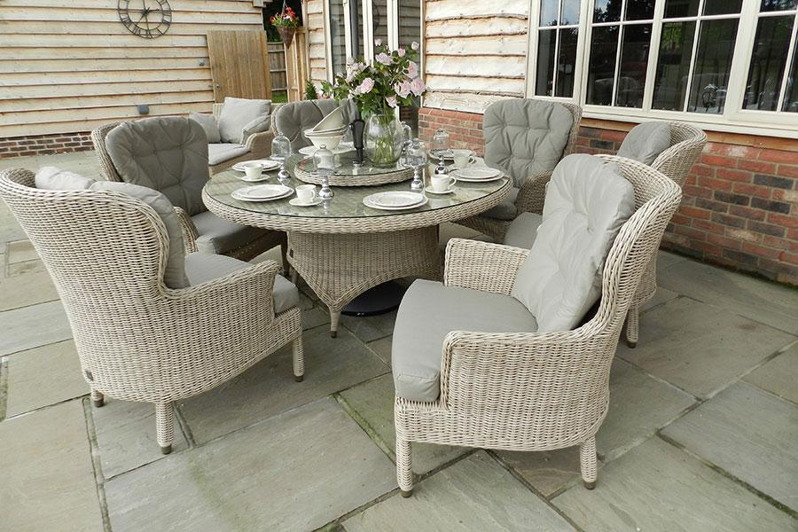 4 Seasons Outdoor Buckingham 6-Seater Dining Set