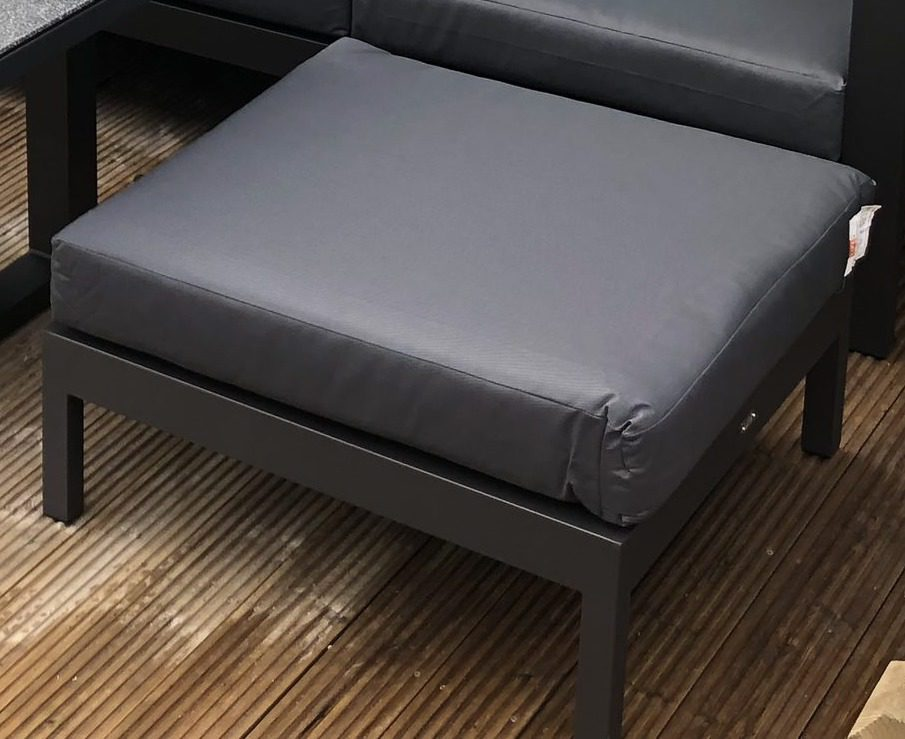 Life Outdoor Living Delta Poof - Lava/Carbon