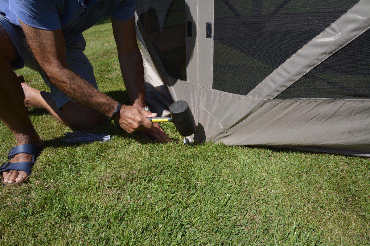 Pop Up Shelter 022