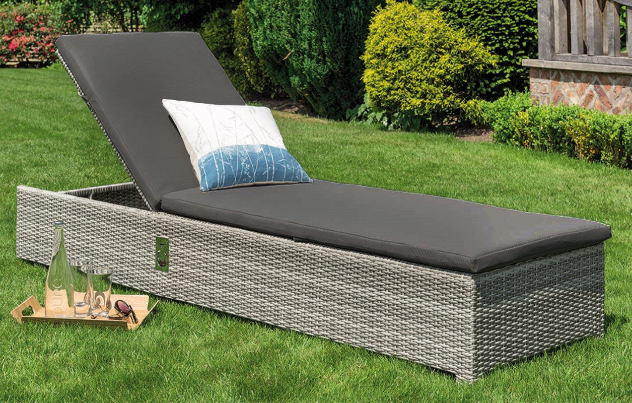 Life Outdoor Living Aya Lounger with All-Weather Cushion