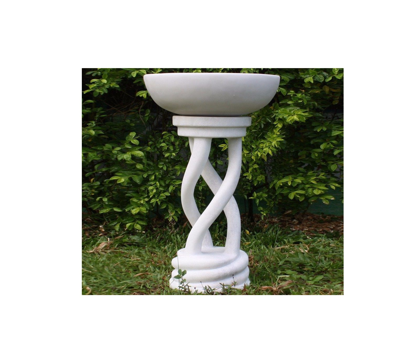 Spiral White Bird Bath 6D9Df00D11186C25A99E0909D73853E3 Original