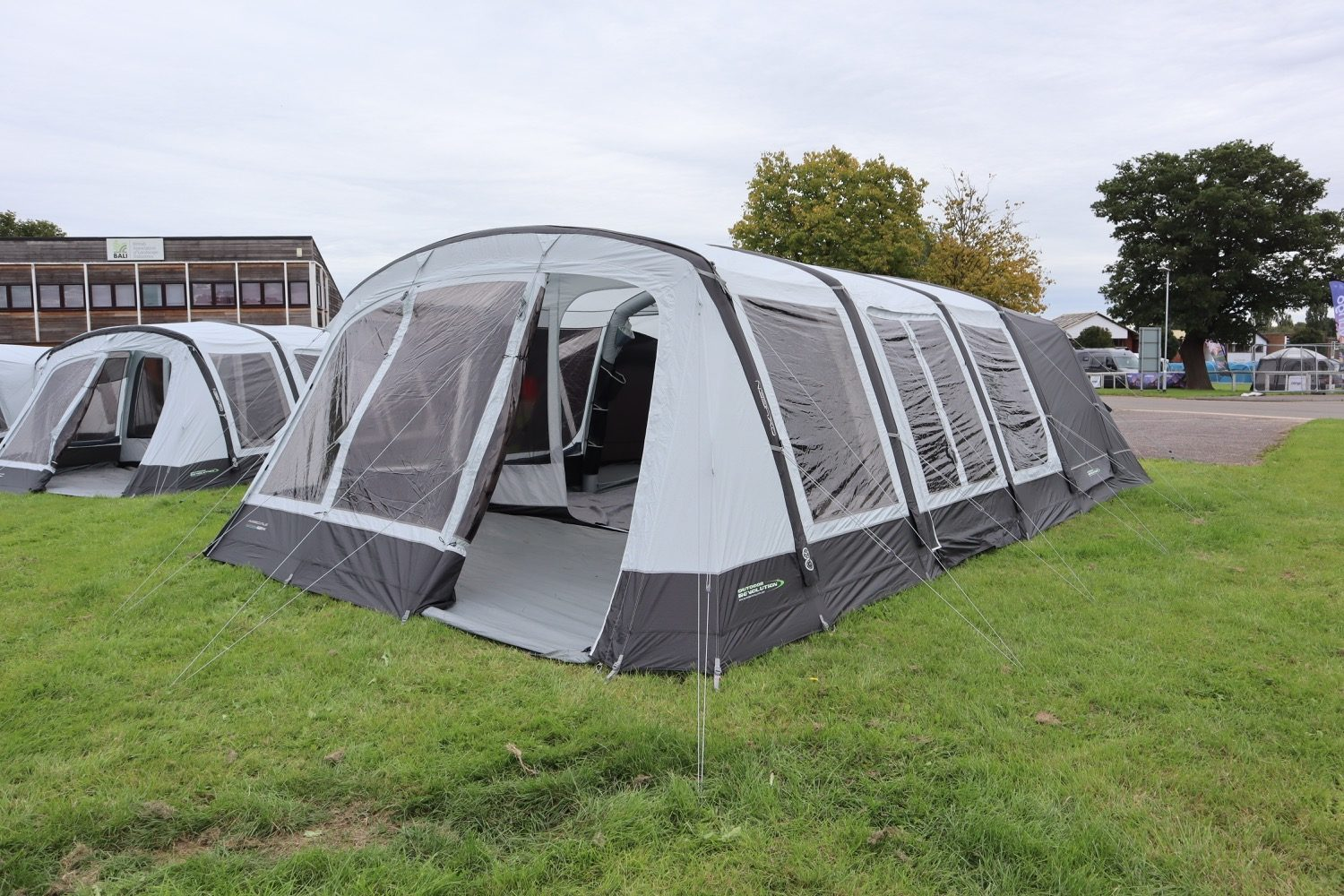 Outdoor Revolution Airedale 7Se Norwich Camping1