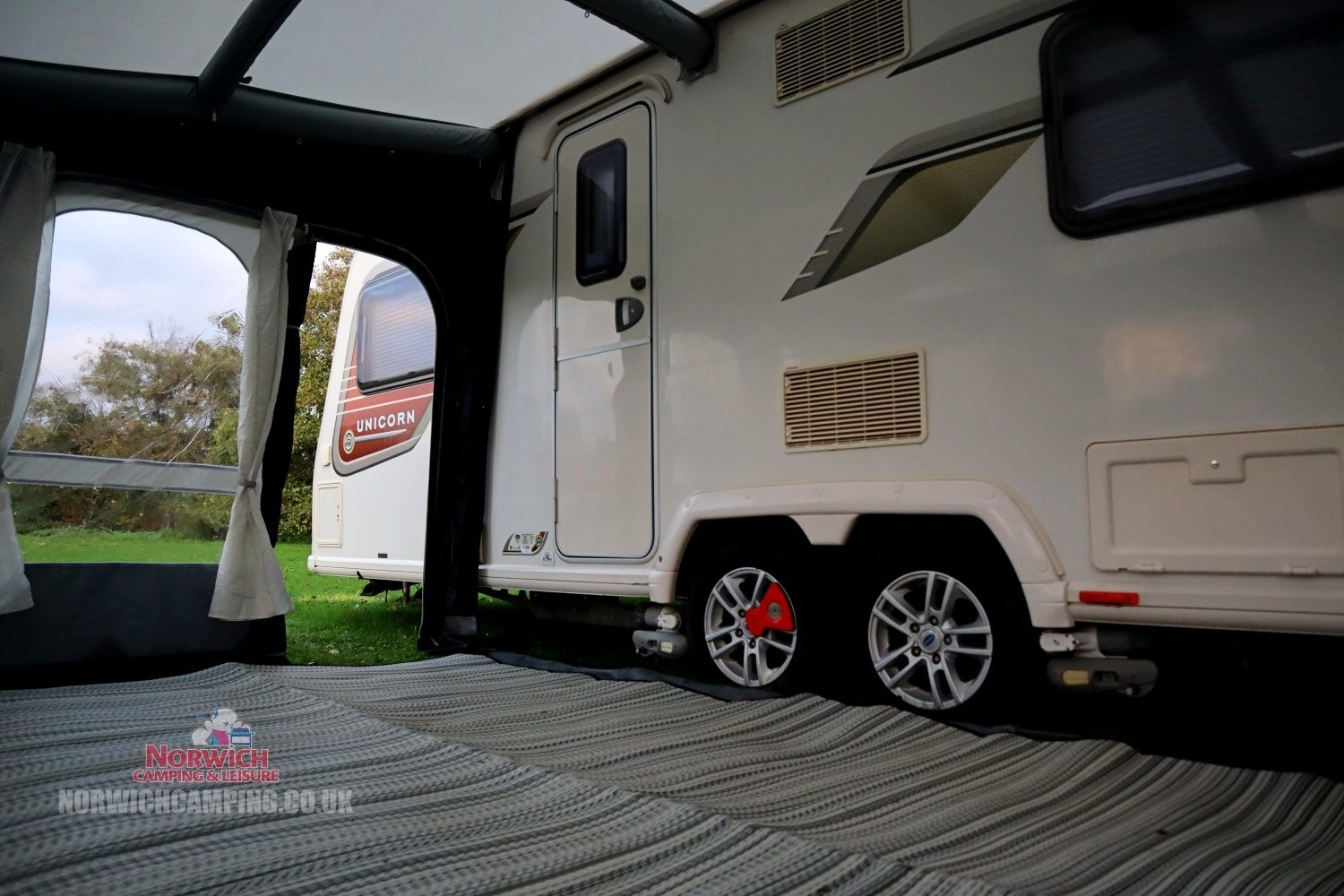Dometic Ace Air Pro 400 Awning 2021 Norwichcampingimg 1410