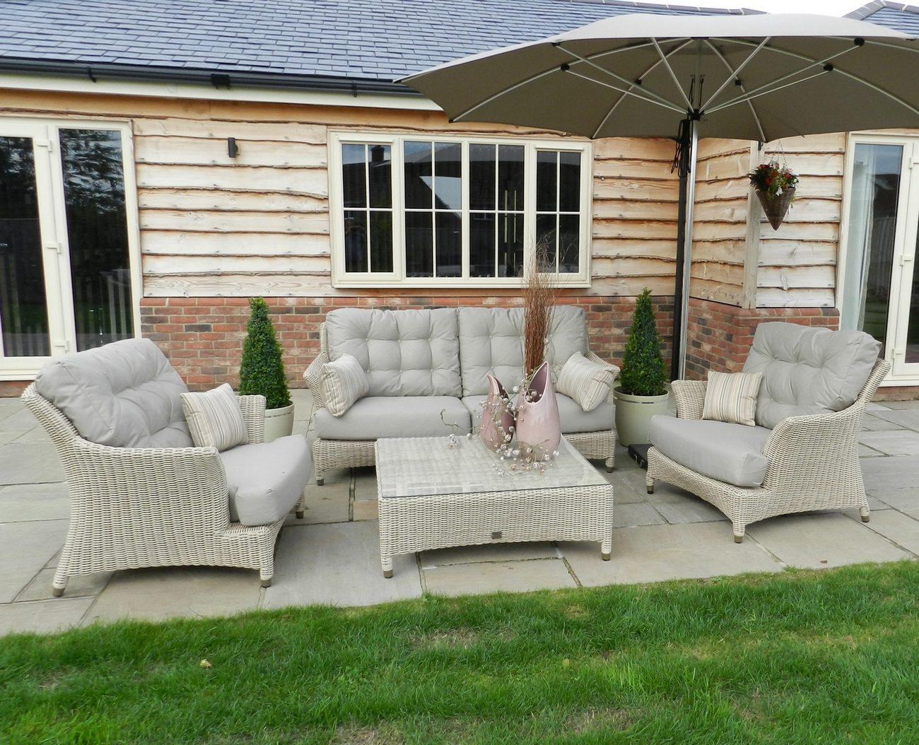 4 Seasons Outdoor Valentine Lounge Set