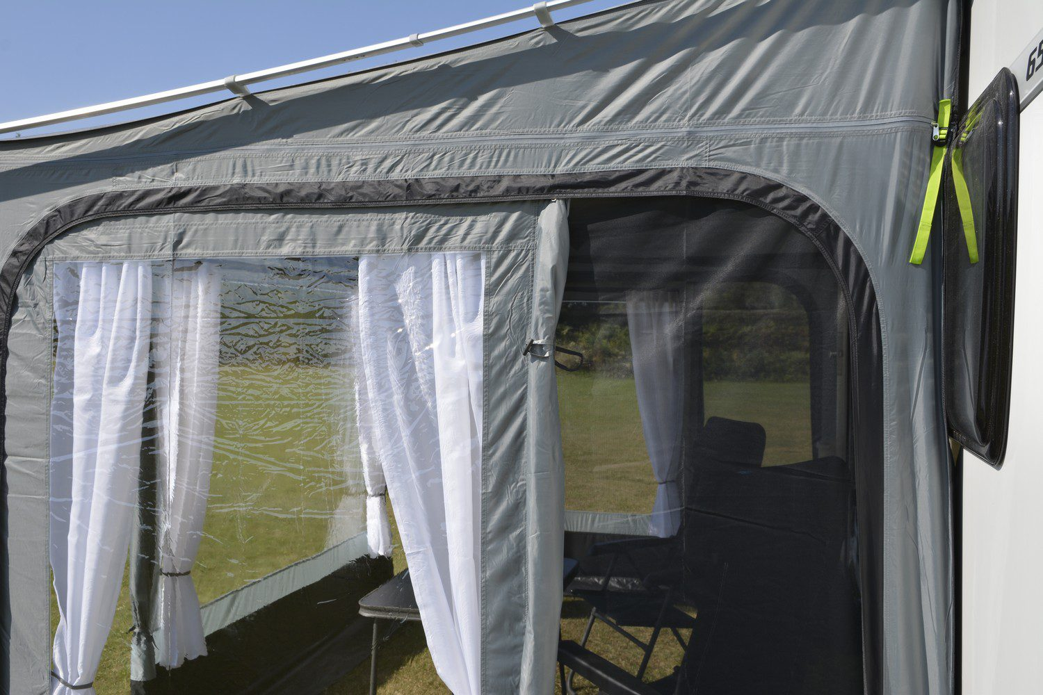 Kampa Revo Zip Roll Out Awning Privacy Room 270 Caravan