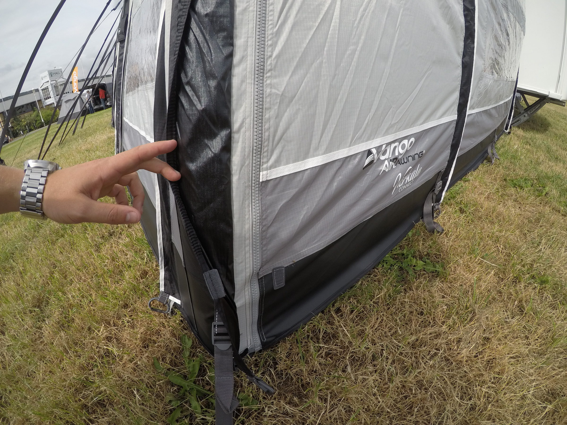 Vango Varkala Connect 420 Caravan Awning 20186