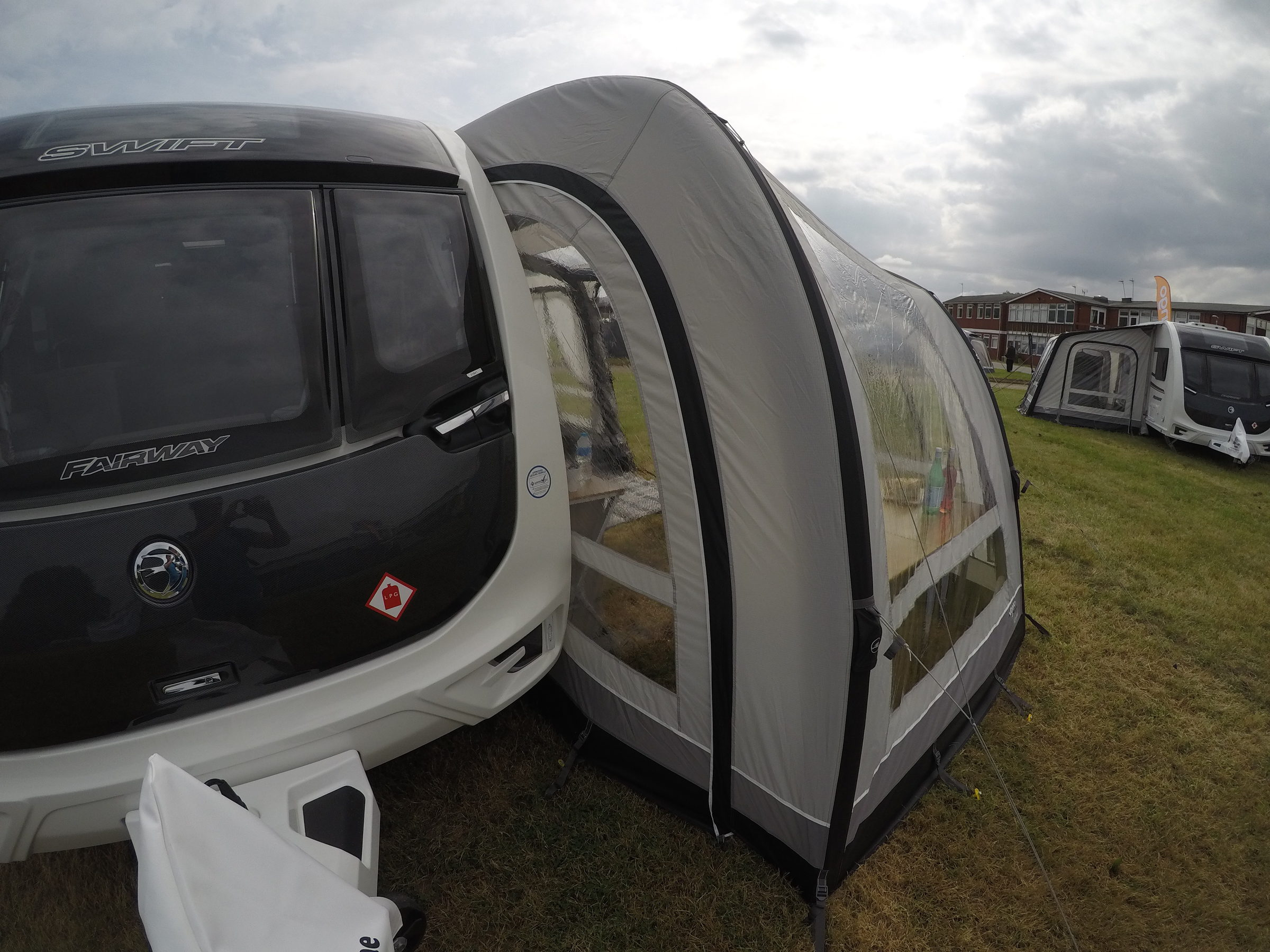Vango Varkala Connect 420 Caravan Awning 201817