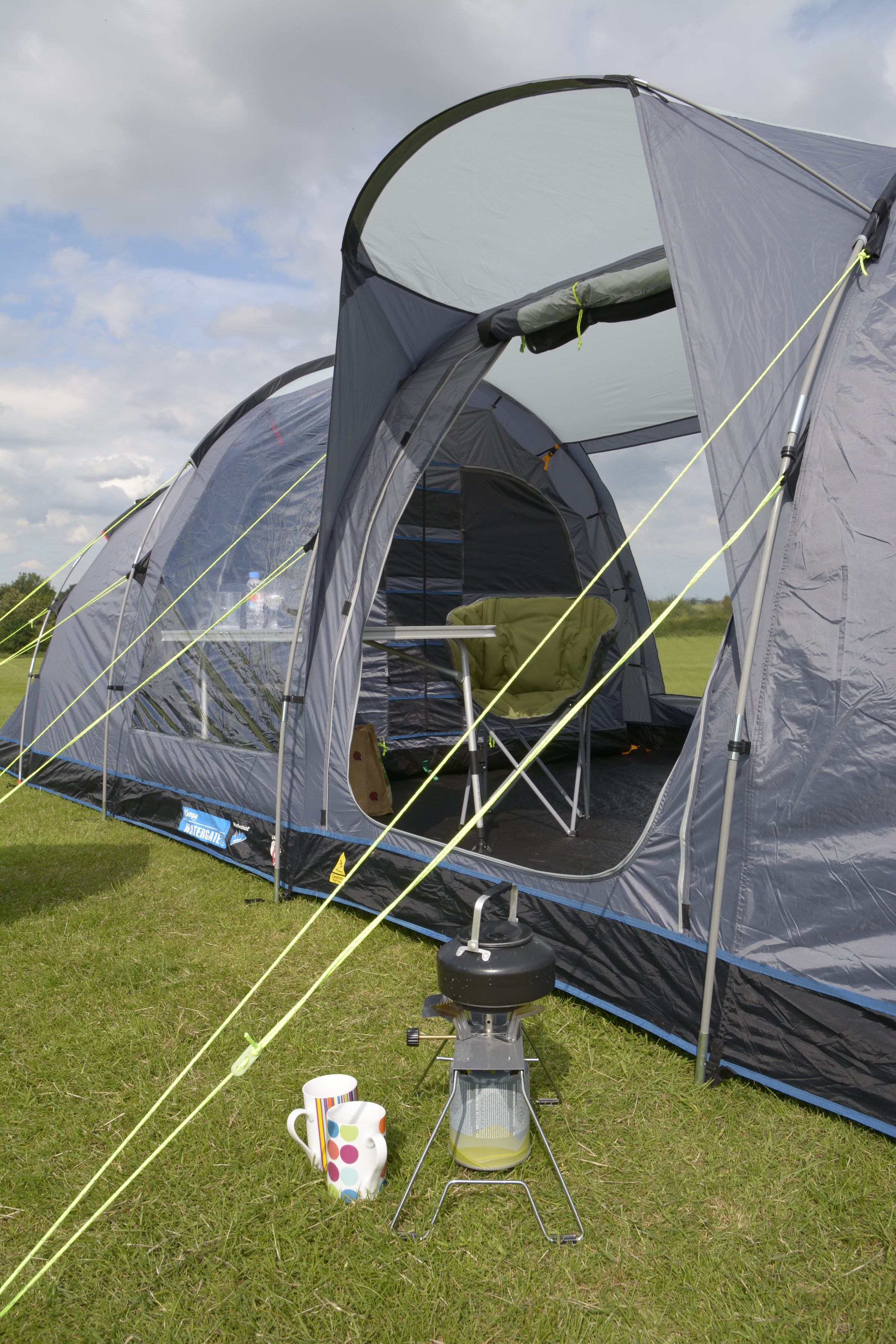 Kampa Watergate 8 Tent poled side view 2018