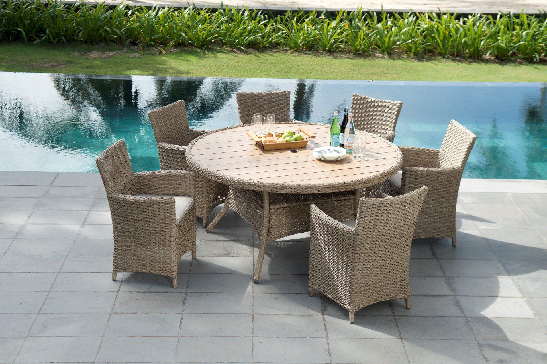 Lifestyle Garden Furniture Martinique 6 Seat Set