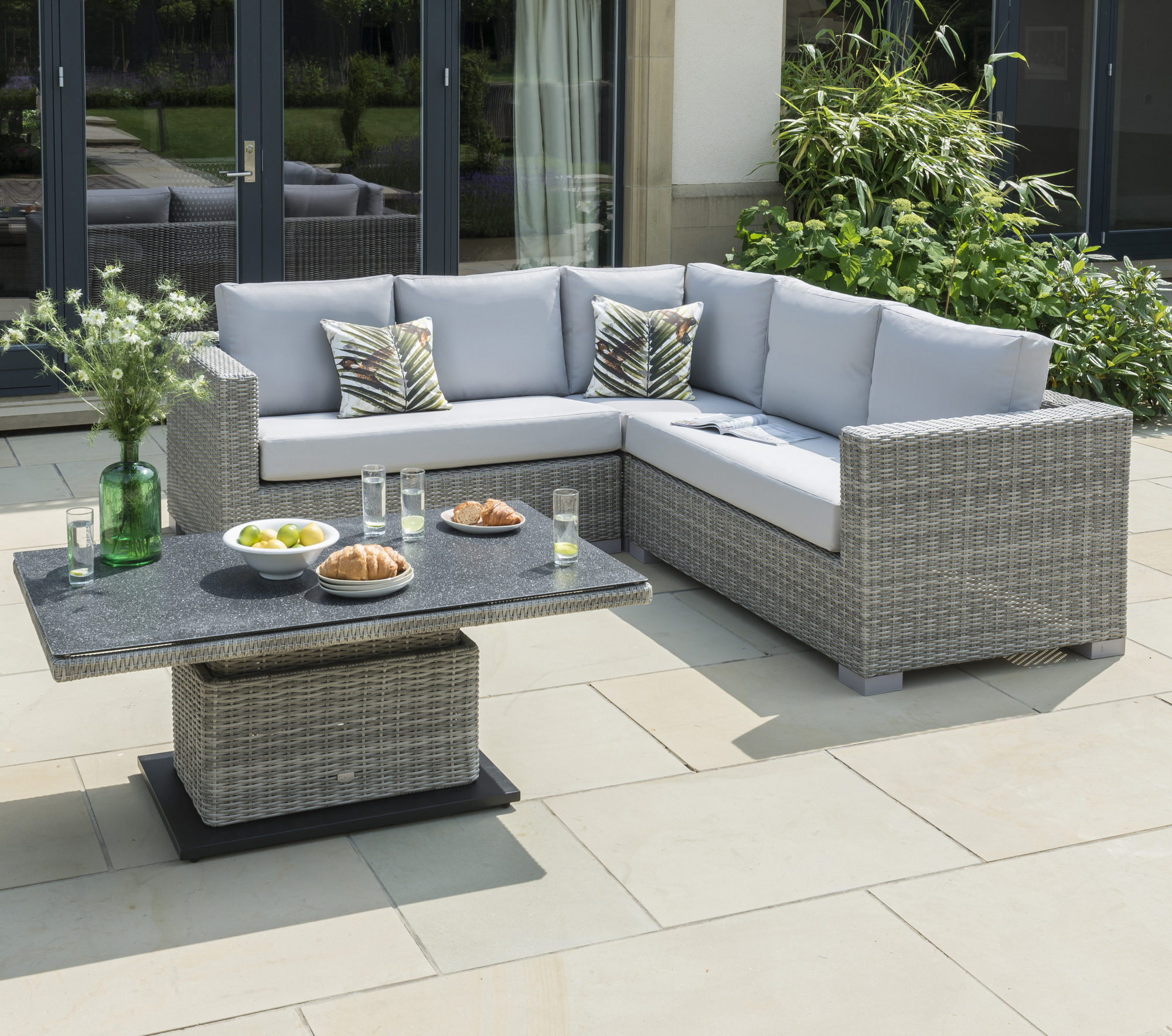 Life Outdoor Living Aya Square Set