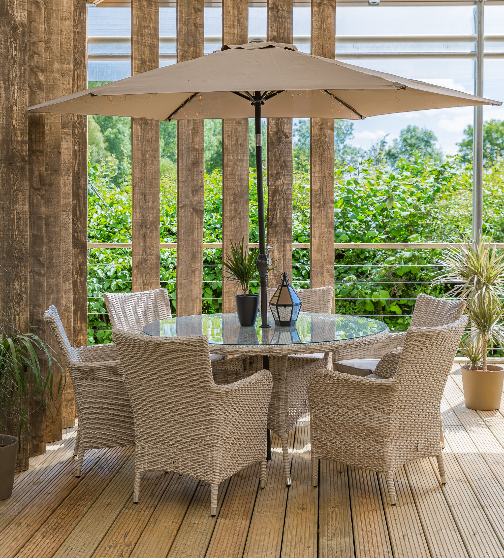 Leisuregrow Monaco Collection 6 Seat Dining Set