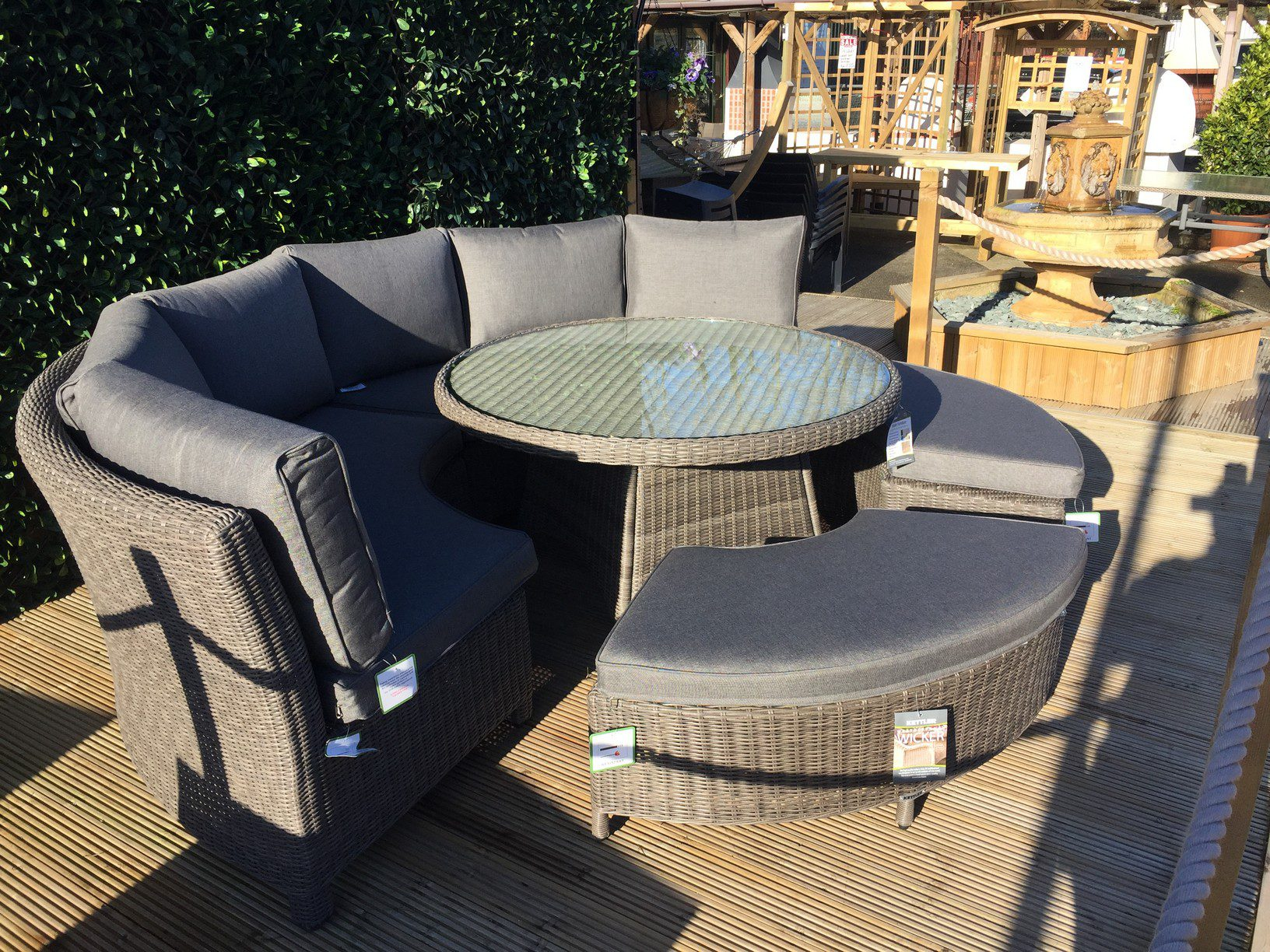 Kettler palma round set in rattan new for 2018 garden for Furniture palma