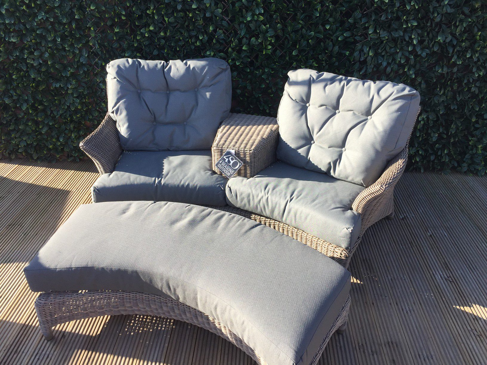 4 Seasons Outdoor Valentine Love Seat With Footrest 13