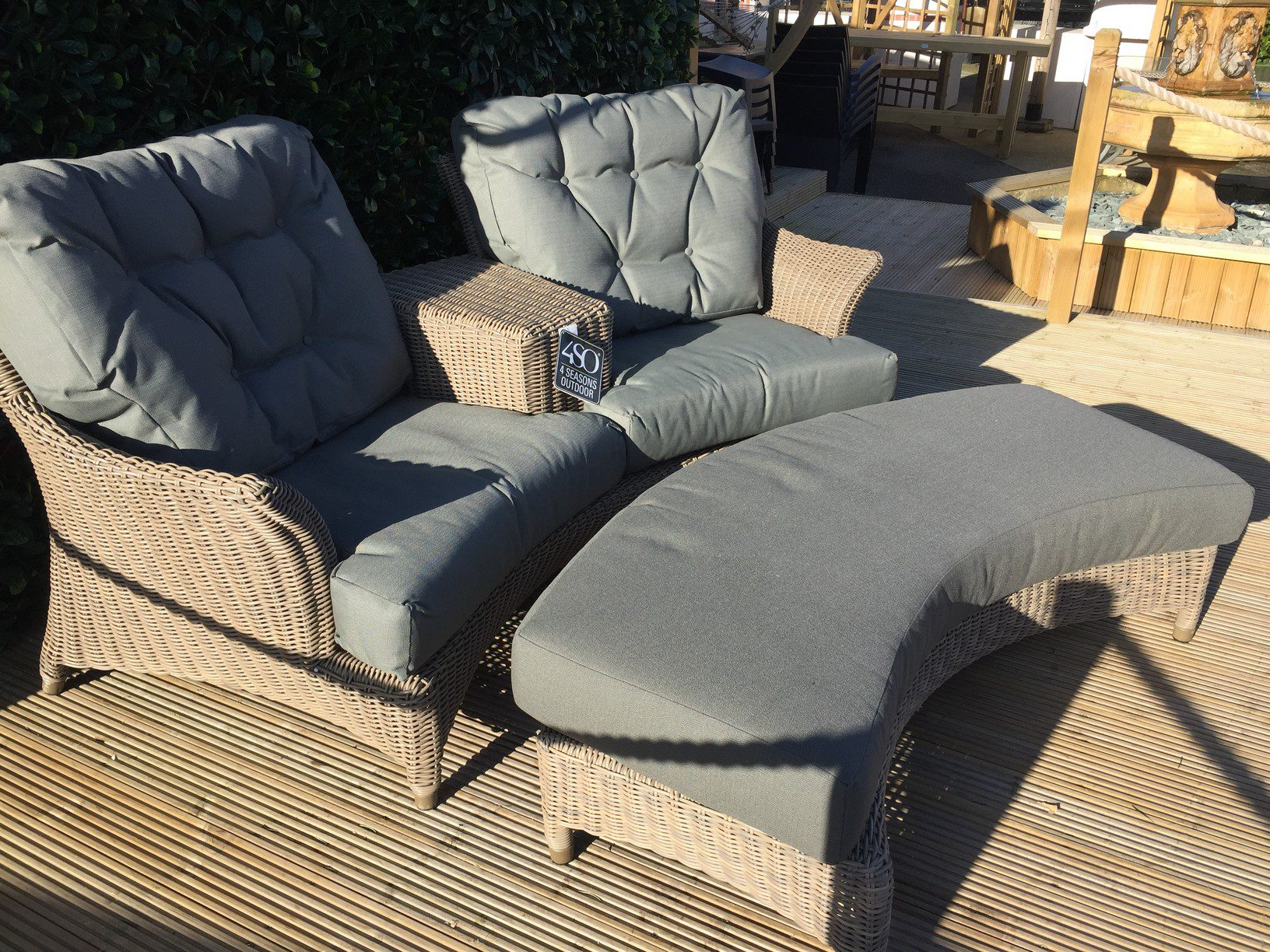 4 Seasons Outdoor Valentine Love Seat With Footrest 14