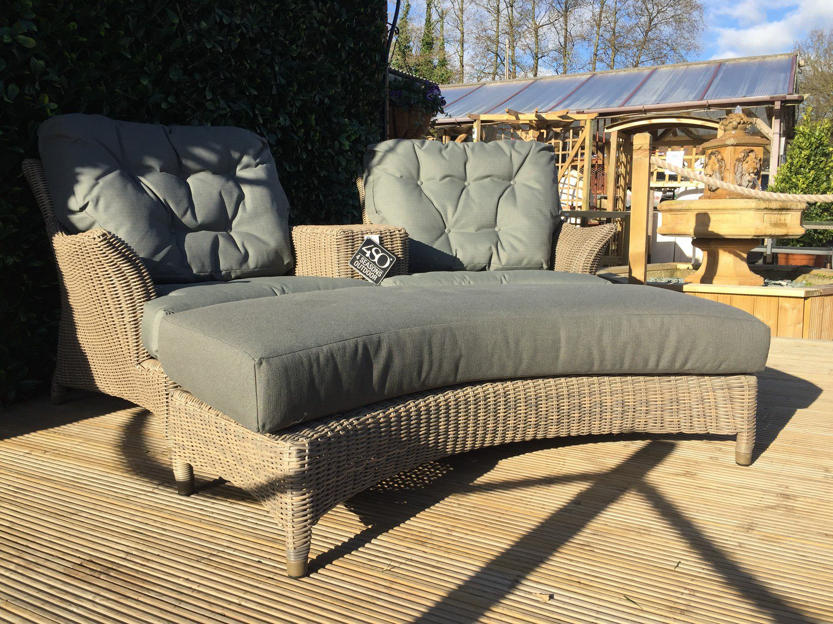 4 Seasons Outdoor Valentine Love Seat With Footrest 16