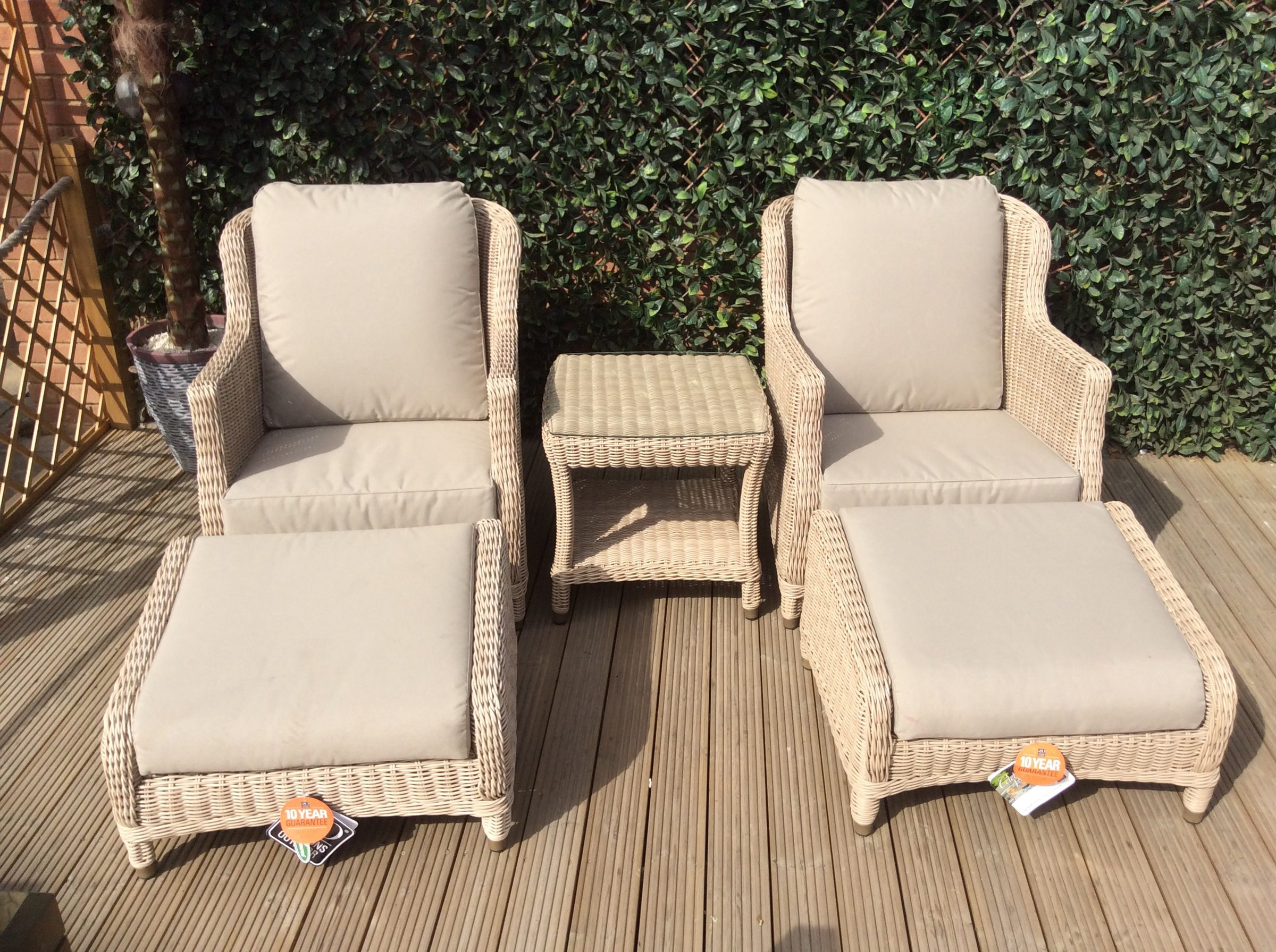 4 SEASONS OUTDOOR BRIGHTON RELAXING SET