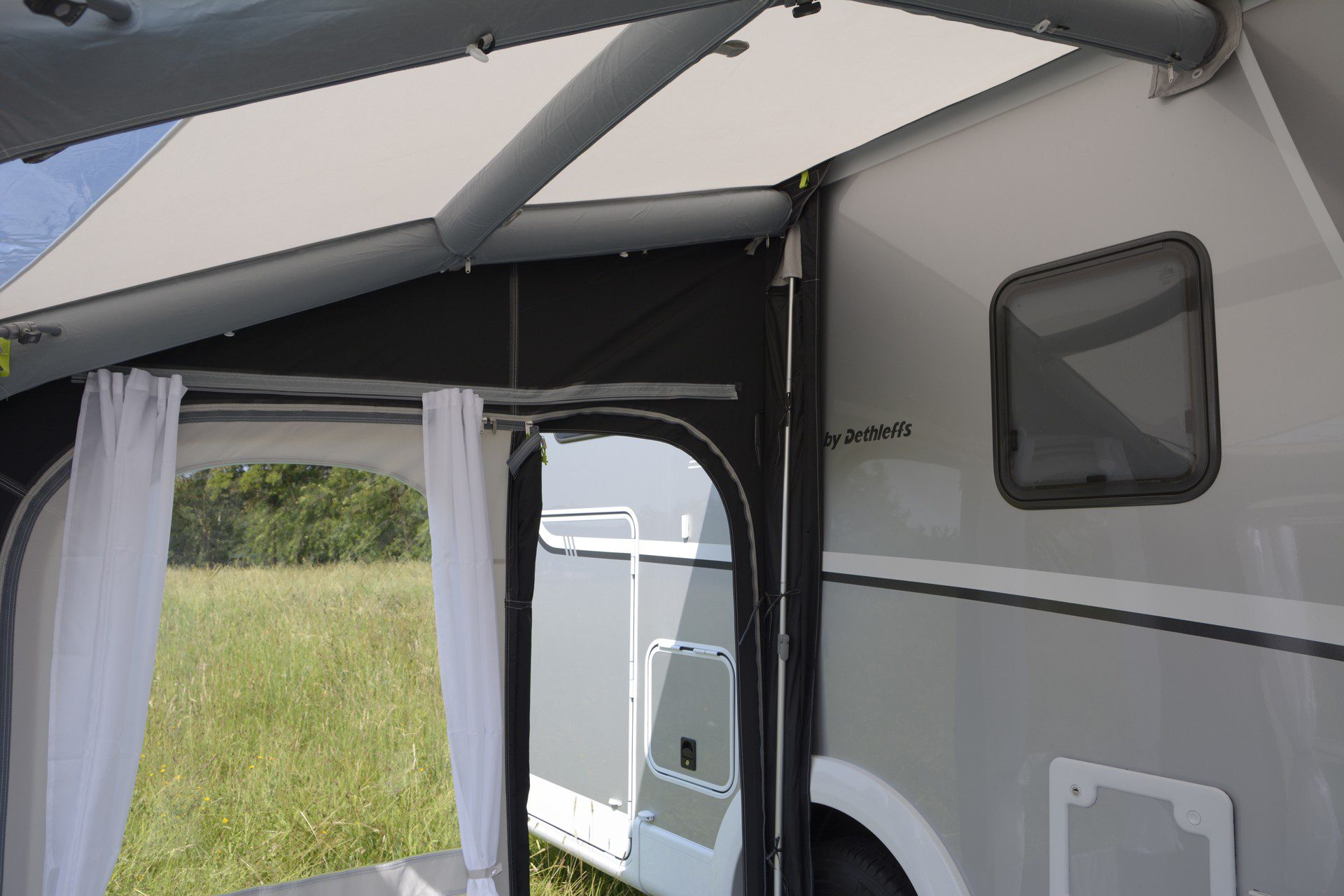Kampa Motor Rally Air Pro 260 Motor Home Awning 2019 14