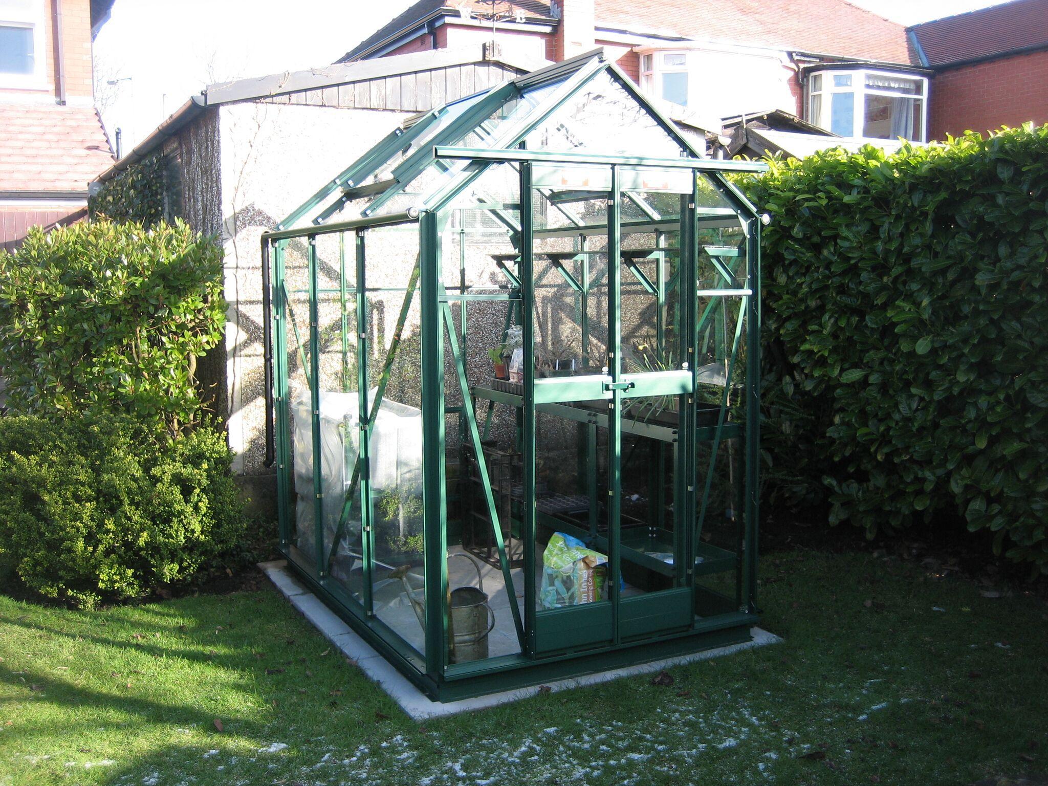 Elite Greenhouse Compact