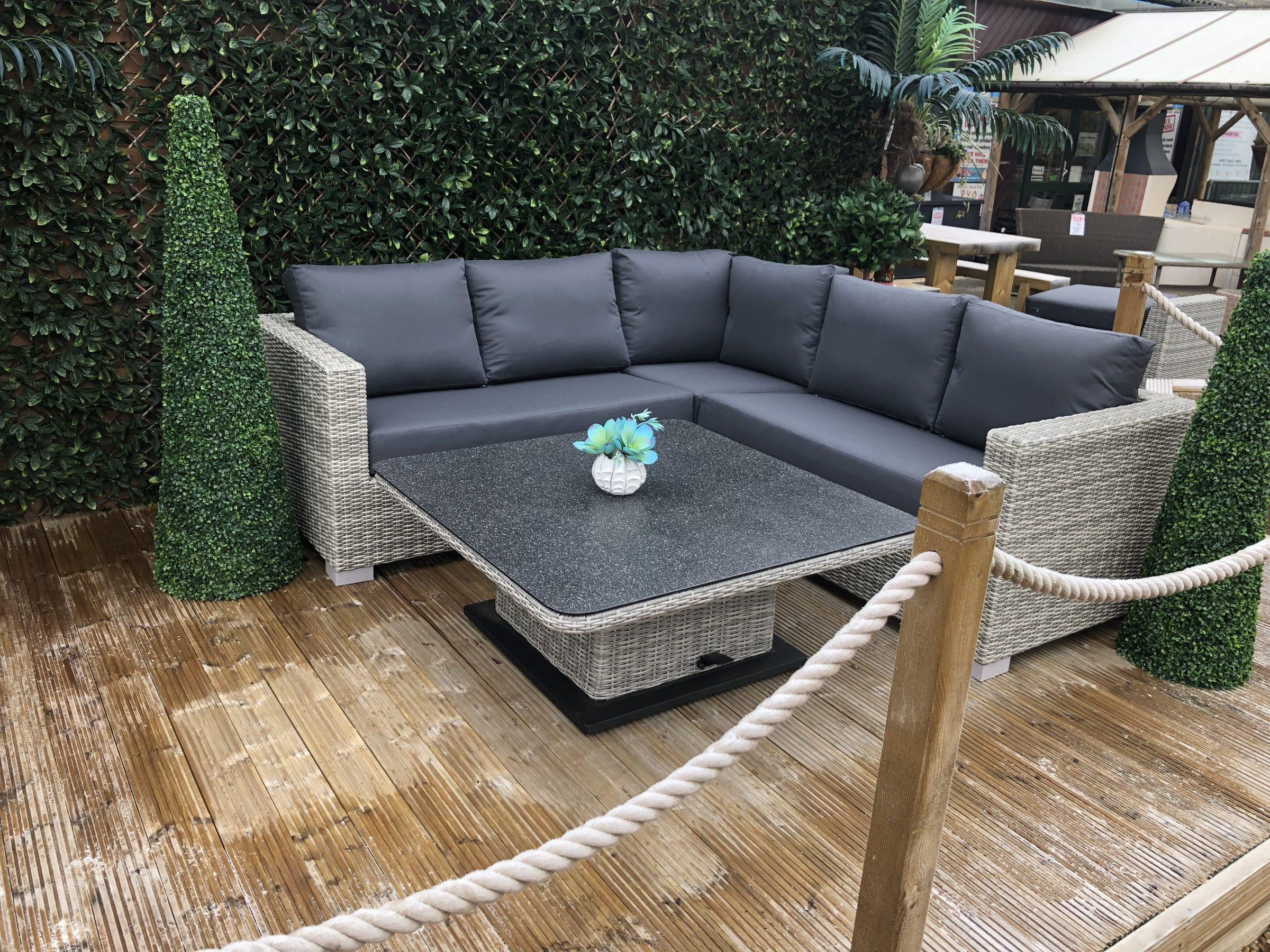 Life Aya Square Lounge Corner Set with Square Adjustable ...
