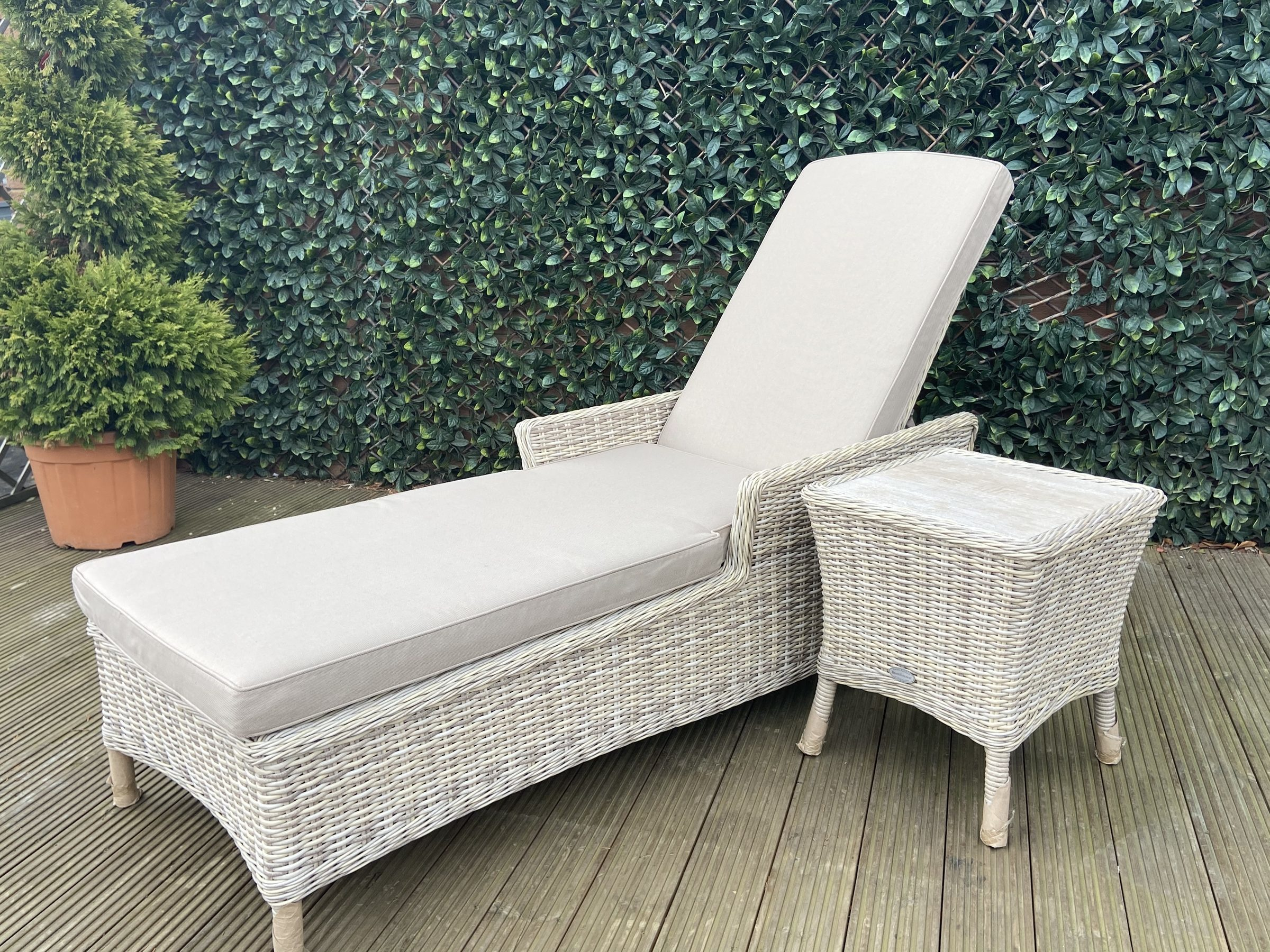 Bramblecrest Ascot Sun Lounger with High Coffee Table - Quinton Grey