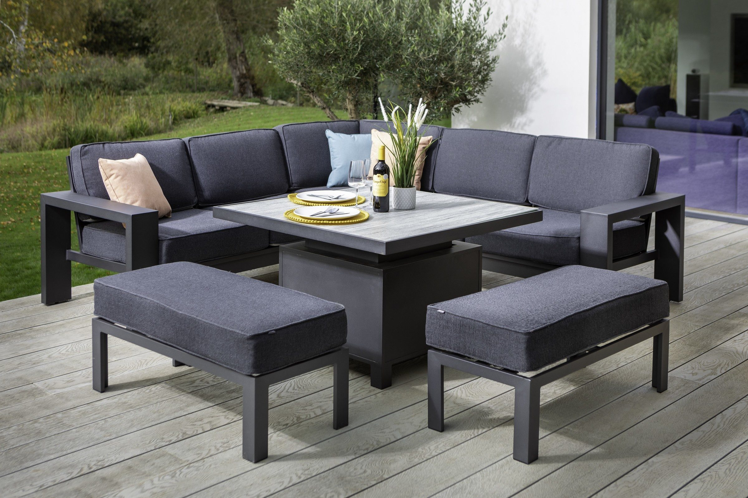 Titan Sqaure Casual Dining Set With Adjustable Table 01
