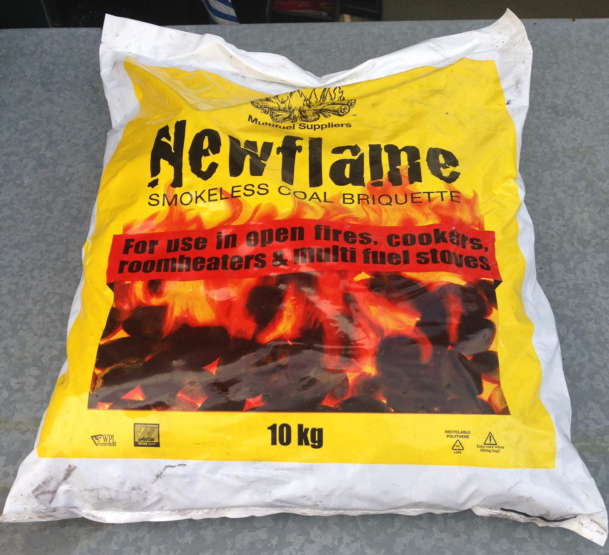 Fuelsell Newflame Smokeless Coal Briquette