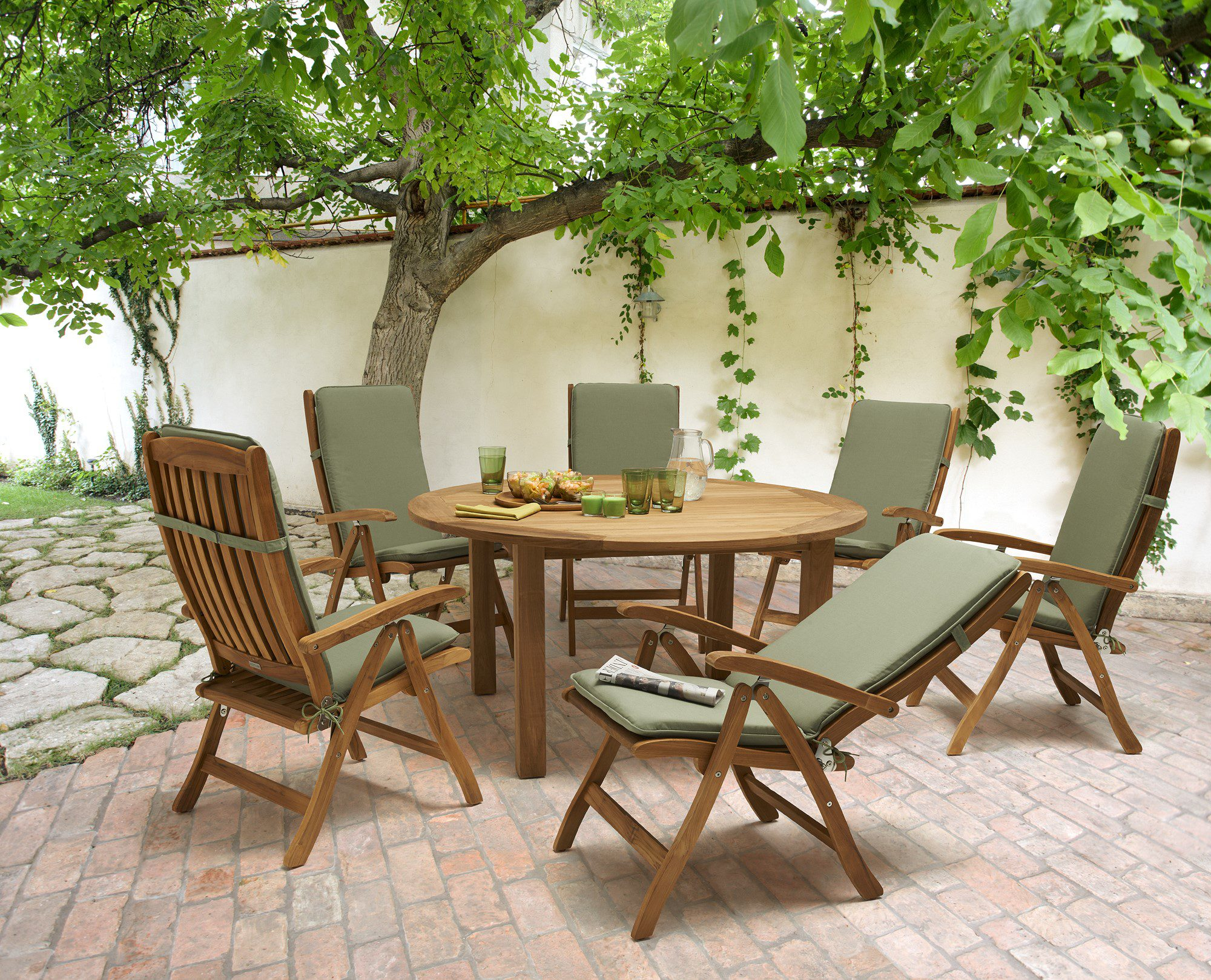 Garden furniture norwich camping for Outdoor furniture vancouver