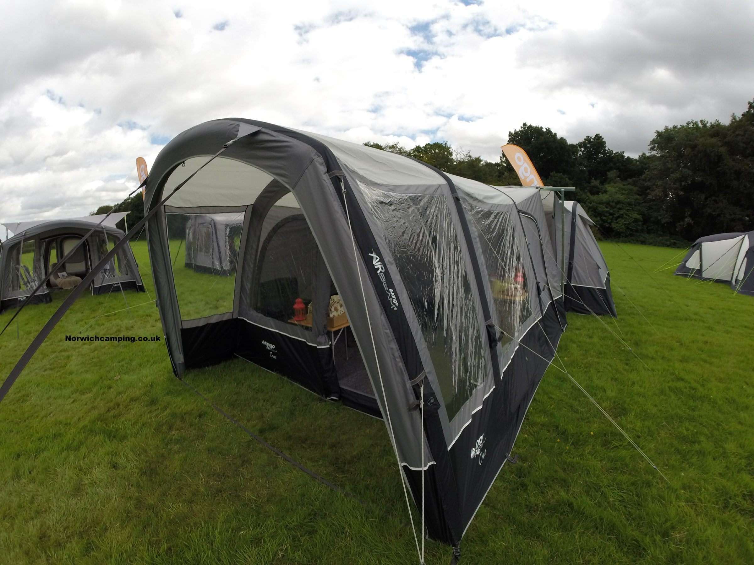 Vango Cruz Drive away awning 2017 (4).JPG