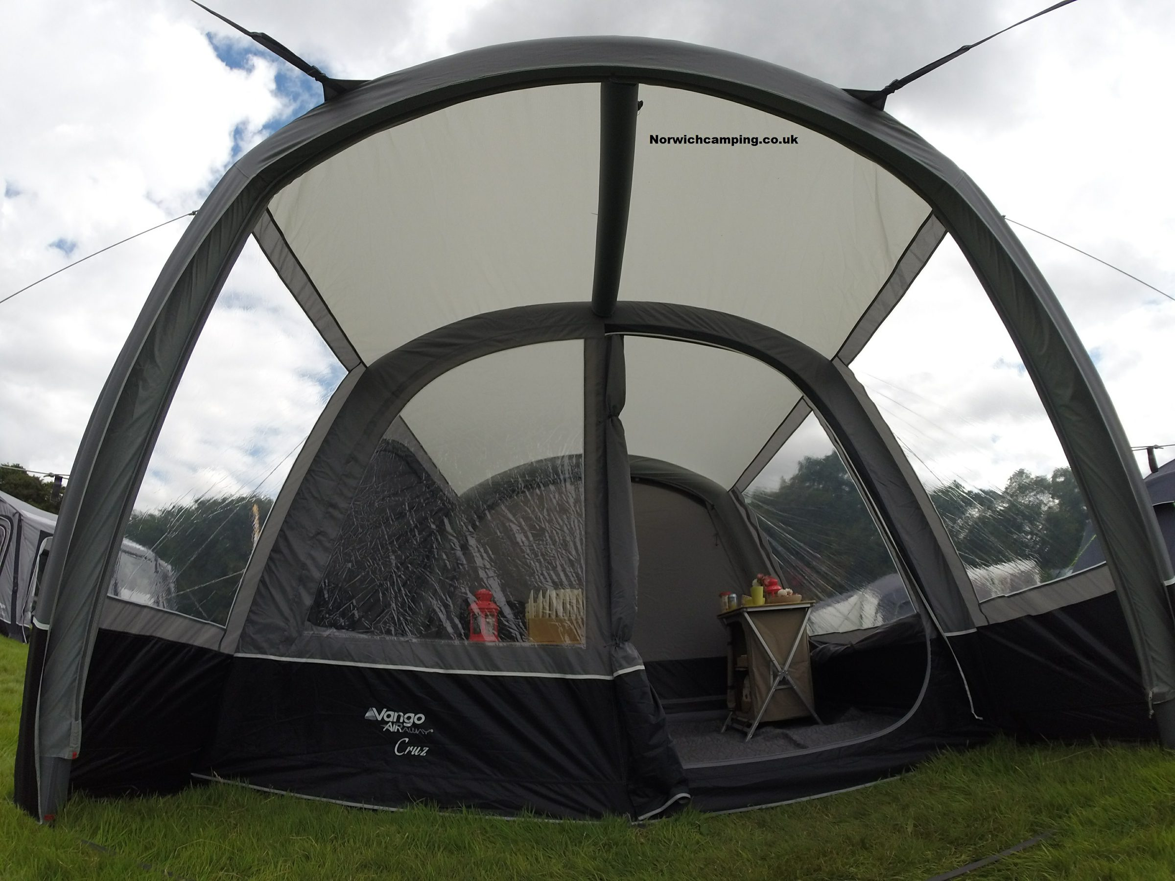 Vango Cruz Drive away awning 2017 (6).JPG