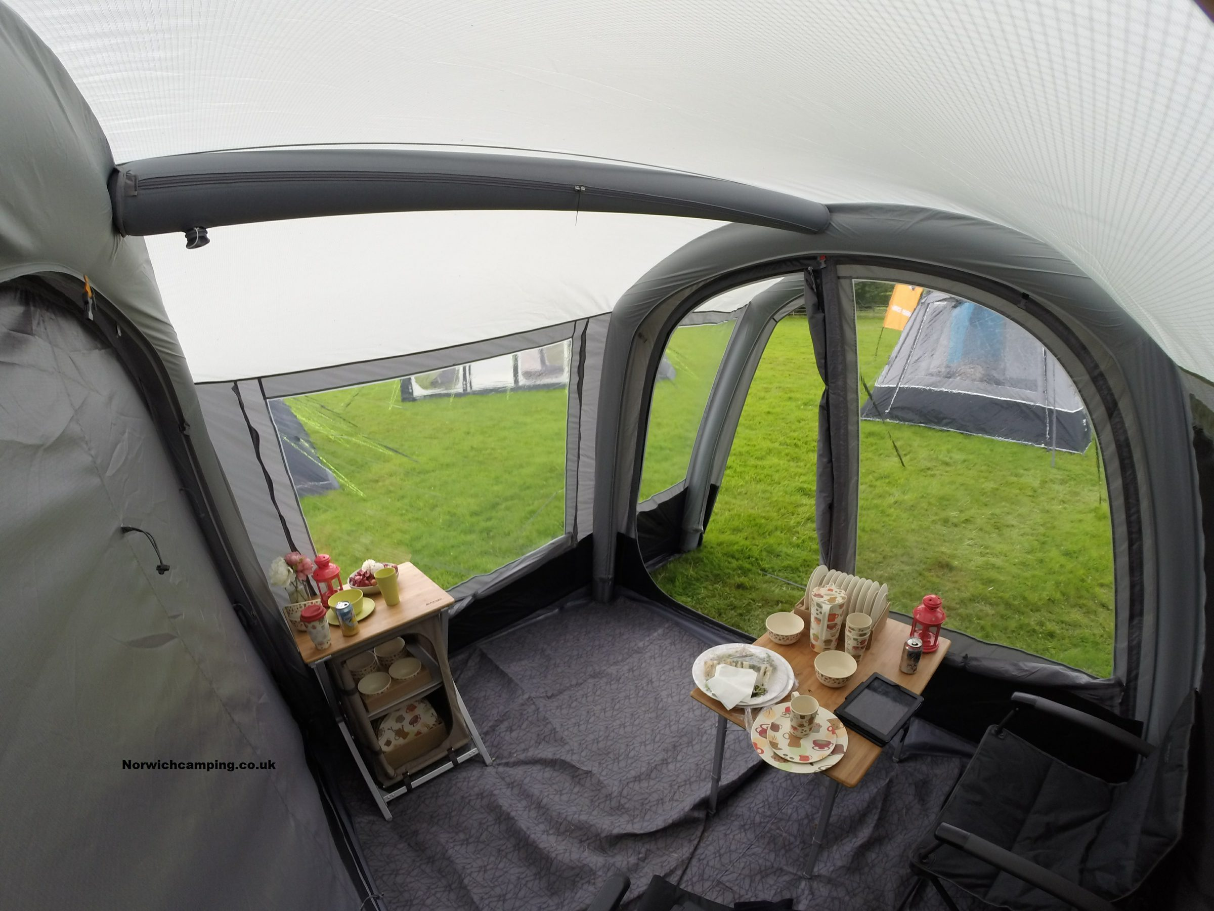 Vango Cruz Drive away awning 2017 (8).JPG