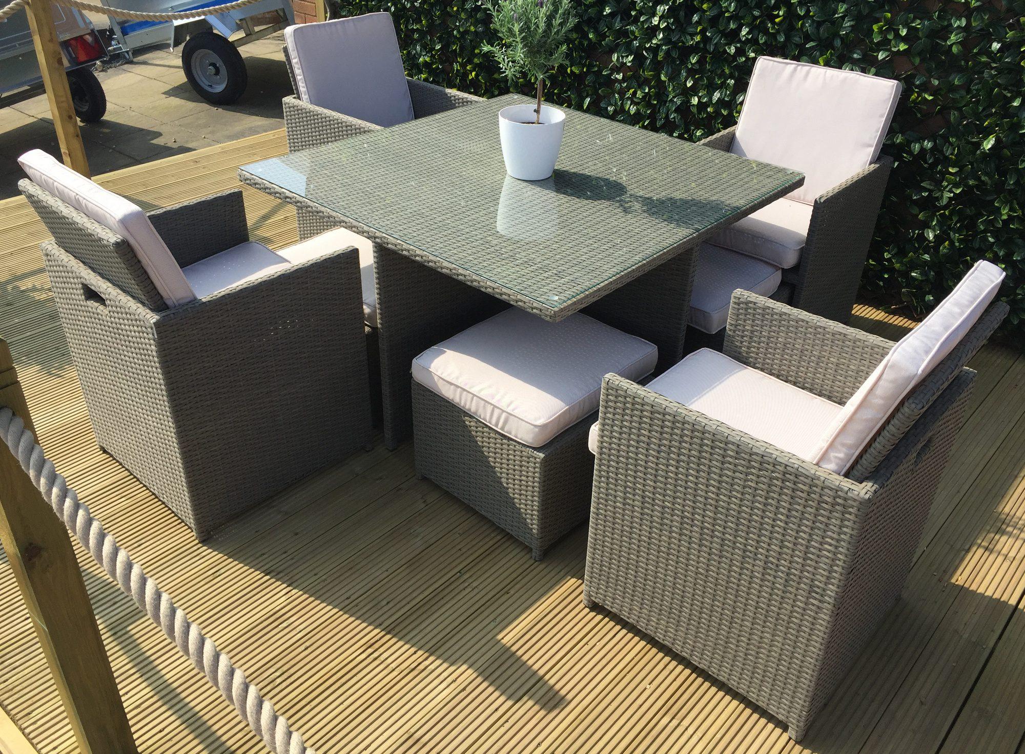 Alexander Rose Seater Cube Set Garden Furniture