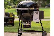 Weber Summit Charcoal Holzkohlegrill : Weber summit charcoal grill 61cm bbqs norwich camping
